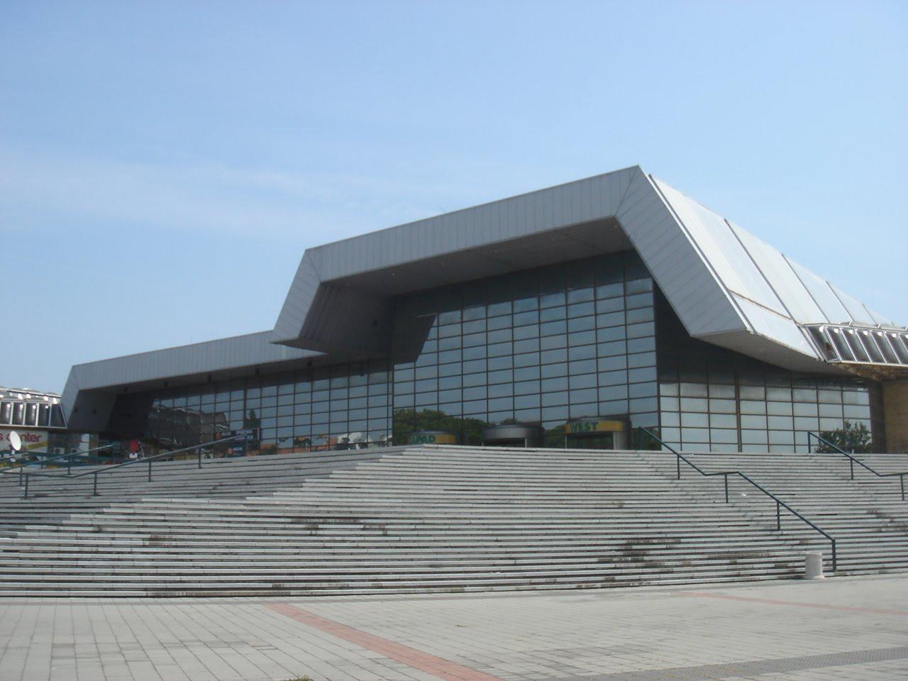 Spens - Novi Sad, Tiket Klub