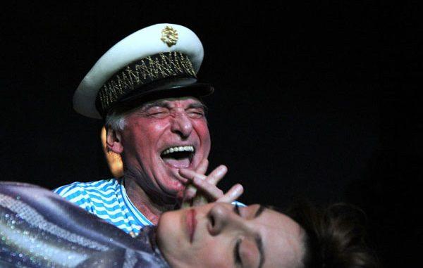 IGRAJUĆI ŽRTVU – Narodno pozorište, Tiket Klub