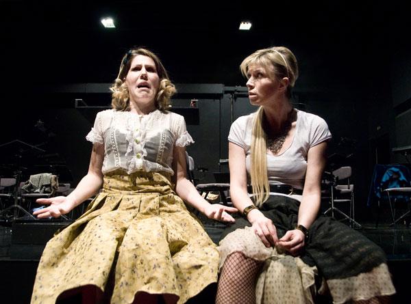ŽENSKI ORKESTAR – Narodno pozorište, Tiket Klub
